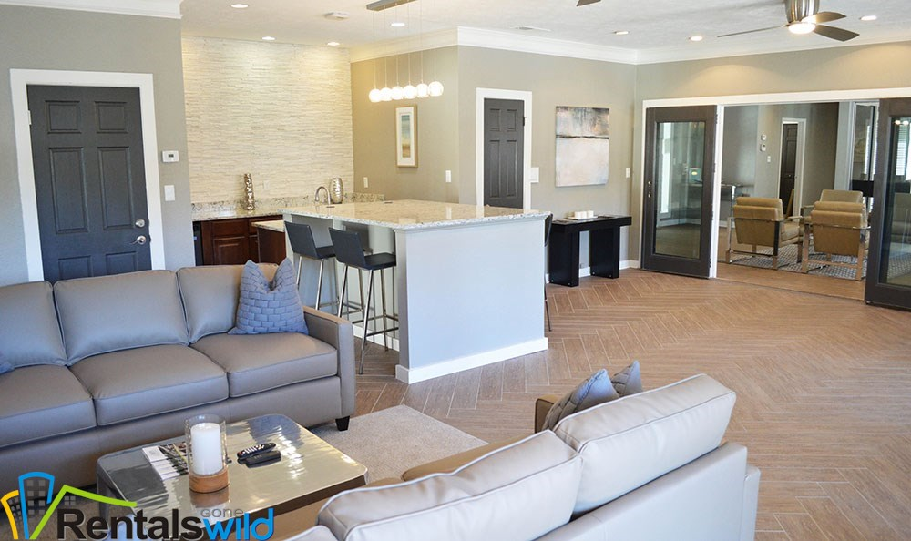 inside-smyrna-apartments-leasing-office
