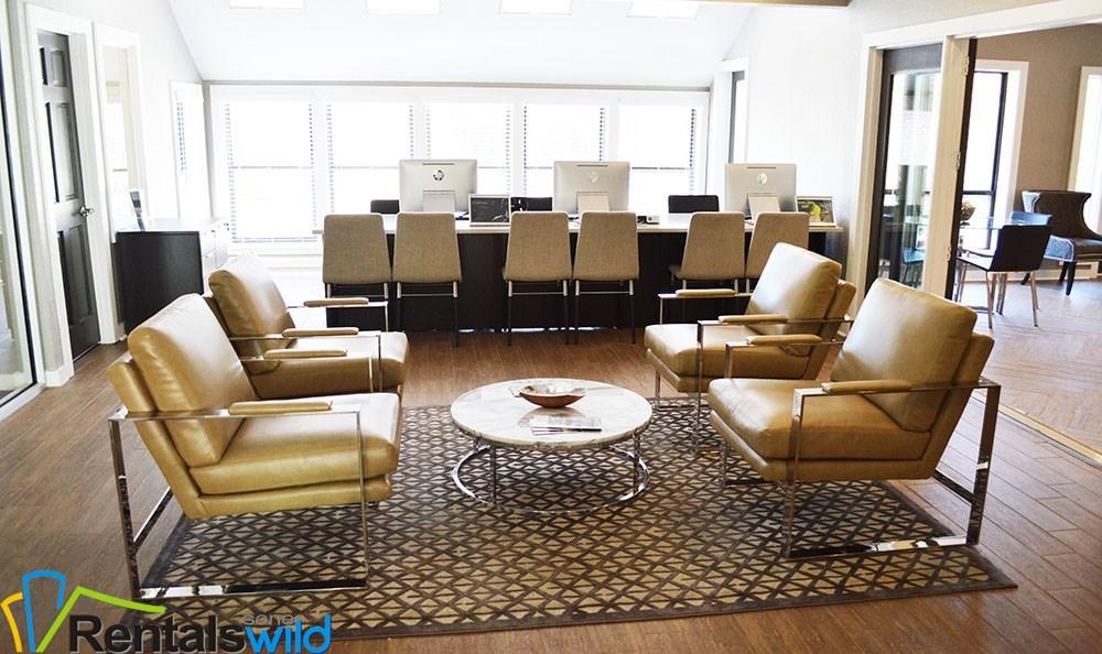 lobby-leasing-office-smyrna-apartments