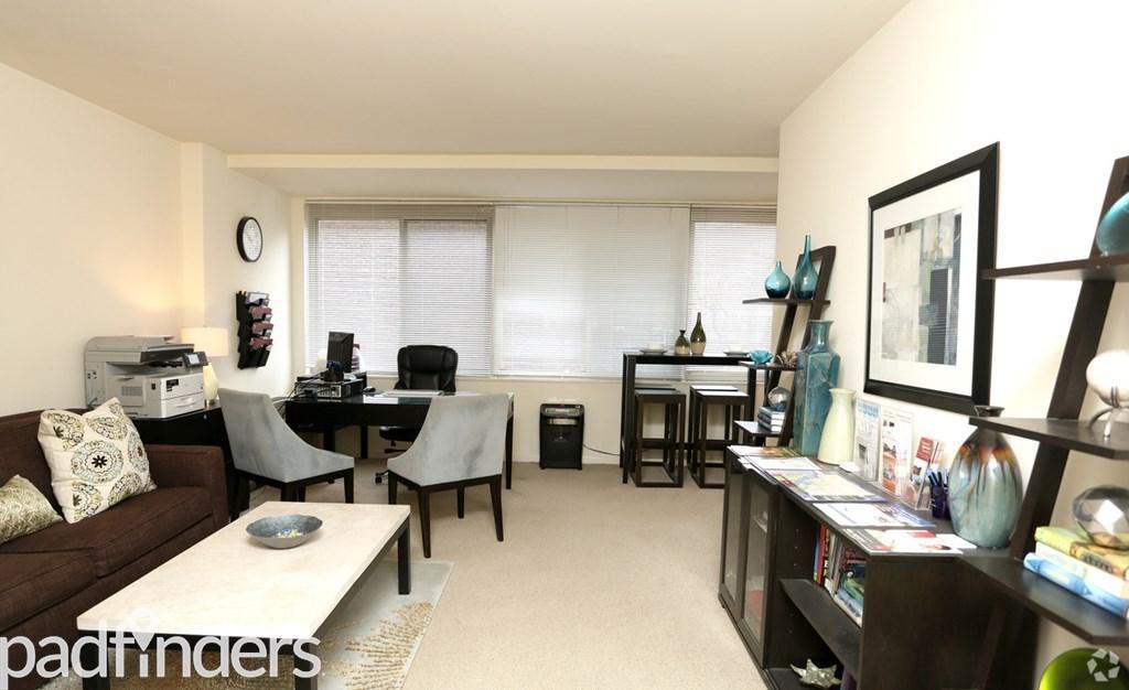 The 925 Apartments Washington Dc Interior Photo (6) ...